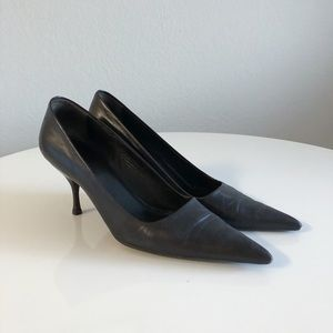 Vintage Pointy Prada Kitten Heels Deep Brown-Black